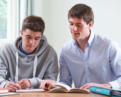 VGS   individuell-undervisning    120 timer   3-fag   435 kr/ 45 min
